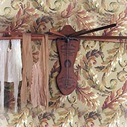 Horseshoe Brand Vintage Style Clothes Drying Rack